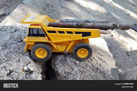 Toy Dump Truck Image & Photo (Free Trial) | Bigstock