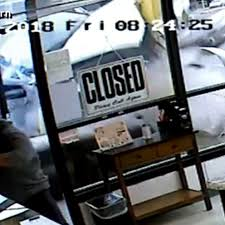 100 The Truck Shop Auburn Wa Video Shows Truck Plow Into Donut Shop At Full Speed Narrowly