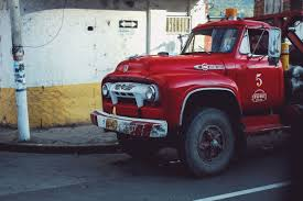 100 How To Make Money With A Pickup Truck Classic Ford F800 Tow Truck Still At Work In San Gil Colombia By