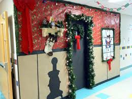 Christmas Classroom Door Decorating Contest by Mr First Grade Christmas Door Contest