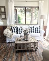 Rustic Farmhouse Living Room