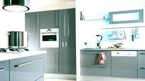 repeindre meuble cuisine laqué repeindre un meuble cuisine melamine peindre laque ses meubles de