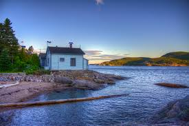 Free Stock of Cabin on the side of the lake in Quebec