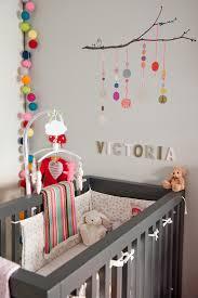 lettre decorative pour chambre bébé chambre bb fille chambre bb mixte colore stickers enfants