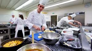 apprenti cuisine victor apprenti cuisinier faire plaisir aux clients et se faire