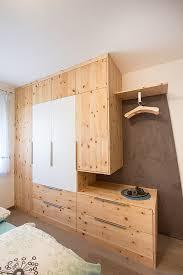 zirbenschlafzimmer vom tischler hallein gosau