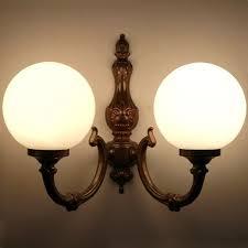 monaghan lighting ben traditional globe wall light on
