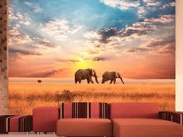 zwei elefanten in der afrikanischen savanne