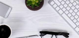 fond d 馗ran bureau objets de travail de bureau et de café sur fond d écran blanc propre