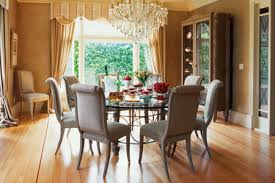 Feng Shui Interior Design And Dining Room Decor With A Round Table