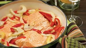 fenouil cuisiner saumon braisé au vin blanc et au fenouil recettes iga poisson