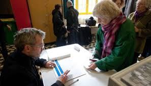 assesseur titulaire bureau de vote revivez la journée électorale du 1er tour depuis un bureau de vote