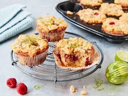 himbeer muffins mit streuseln fluffig und lecker