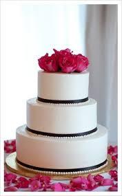 Real Weddings Laura and Benjamin s Wedding Cake