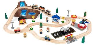 Tidmouth Shed Deluxe Set by Tidmouth Shed Deluxe Train Set In Thomas Box By Fisher Price Toys