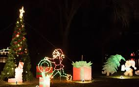 Blinking Xmas Tree Lights by The Best Christmas Light Displays In Every State Travel Leisure