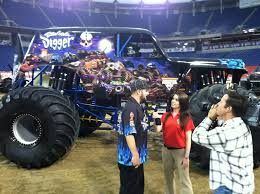 Son Uva Digger | Monster Trucks | Pinterest | Monster Trucks ... Monster Jam Marks 20th Anniversary In Alamodome San Antonio Monster Truck Bodies And Paint Job Suggestion Thread Beamng Megalodon Truck Decal Pack Stickers Decalcomania News Allmonstercom Where Batman Wikipedia Jconcepts 2018 Event Schedule Big Squid Rc Car Photo Album Grave Digger Wikiwand Hot Wheels 25th Anniversary Predator Online Image Slymsterjamthompsonbolingarena2016 10 Scariest Trucks Motor Trend Is Totally Rad Autoweek