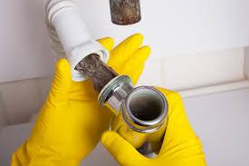 badezimmer stinkt ursachen und maßnahmen