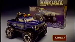100 Bigfoot Monster Truck Toys 4x4x4 SuperSize From Playskool 1983 YouTube