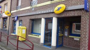 bureau de poste le bureau de poste ferme ses portes et laisse place à une agence
