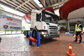 DRIVE A SCANIA TRUCK AND WIN PRIZES AT THE JOHOR BUS, TRUCK AND ... Real Truck Driving School 2017 Android Apps On Google Play Siemens Tests Ehighway System In California Global Website Testdriving For Real Scania Group Cdl Skills Test Youtube Offset Backing Maneuver At Tn Be Towing Traing Passtime Driver Heavy A Funded Hgv Lince Test Pass First Time Cpc Buses Part 3 Driving Artic Lessons Learn To Drive Pretest