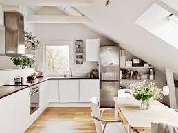 offene regale unter der dachschräge in der küche küche