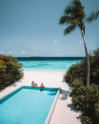 100 Maldives Infinity Pool Luxury 5 Star Resort In The Dusit Thani