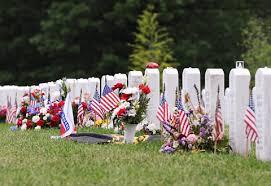 memorial day graveside decorations memorial day when america remembers veterans health