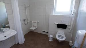 pflege tipp pflegekasse fördert barrierefreies badezimmer