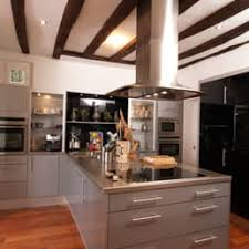 cuisines raison cuisines raison domesure 12 photos kitchen bath 2 rue des