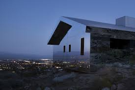 100 Chameleon House In The California Desert Blends Into Its
