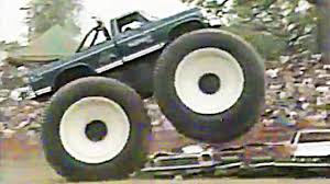 The Largest MonsterTruck - Bigfoot 5 - YouTube Bigfoot Retro Truck Pinterest And Monster Trucks Image Img 0620jpg Trucks Wiki Fandom Powered By Wikia Legendary Monster Jeep Built Yakima Native Gets A Second Life Hummer Truck Amazing Photo Gallery Some Information Insane Making A Burnout On Top Of An Old Sedan Jam World Finals Xvii Competitors Announced Miami Every Day Photo Hit The Dirt Rc Truck Stop Burgerkingza Brought Out To Stun Guests At The East Pin Daniel G On 5 Worlds Tallest Pickup Home Of