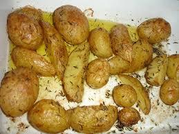 cuisiner des pommes de terre nouvelles pommes de terres nouvelles rôties au thym les p tites bidouilles