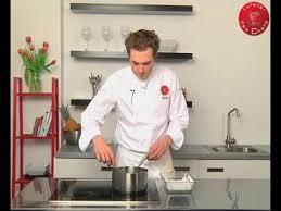cuisine pocher technique de cuisine pocher un saumon