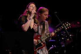 Derek Trucks And Susan Tedeschi To Preview New Album 'Live From The ...