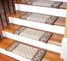 Stair Carpet Grippers by Dean Diy Bullnose Carpet Stair Treads Set Of 13 Pet Friendly