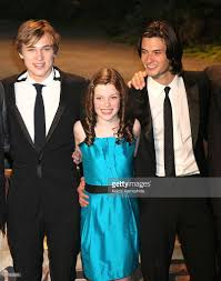 Actors-william-moseley-georgie-henley-and-ben-barnes -attend-the-of-picture-id81163916 Ben Barnes Smolders In Spain Photo 1240631 Anna Popplewell Fewilliam Moseley French Pmiere 127 Besten William Moseley Bilder Auf Pinterest Narnia Cap D The Chronicles Of Prince Caspian Sydney Pmiere Photos Of Narnias Will Poulter William Tripping Through Gateways Fans Wmoseley Twitter Cross Swords Oh No They Didnt 122 Best Images On