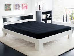 jugendbett bett komplett 140x200 weiß schwarz rost matratze