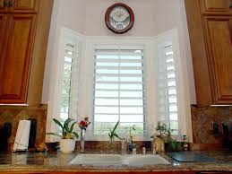 Kitchen Curtain Ideas For Bay Window by Small Kitchen Bay Window Home Interior Design And Furniture
