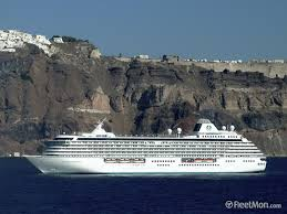 Cruise Ship Sinking Santorini by Maritime News From Around The World Fleetmon Newsroom