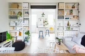 breiter durchgang zwischen wohnzimmer bild kaufen