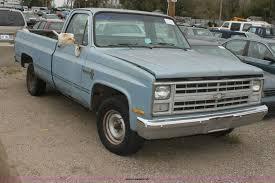 100 1987 Chevrolet Truck C10 Custom Deluxe Pickup Truck Item E4286