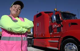 100 Star Trucking Company Women Professional Truck Drivers Hauling Bigger Freight