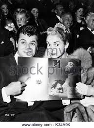 Janet Leigh Tony Curtis Stock Photos U0026 Janet Leigh Tony Curtis by Tony Curtis U0026 Janet Leigh Married Actor U0026 Actress 1960 Stock