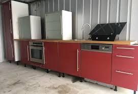 küche küchenzeile hochglanz bordeaux rot mit e geräte