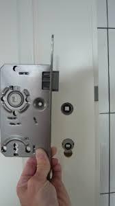 mopsis baublog wc türschloss eingebaut