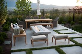 This Modern Patio Squeezes In A Lot Of Functionality Theres Spot For Relaxing Near