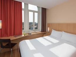 chambres d h es metz hôtel à metz ibis metz centre gare