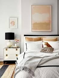 schlafzimmer trends gold beige lachsfarbe einrichten