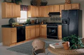 kitchen wall colors with light brown cabinets trekkerboy